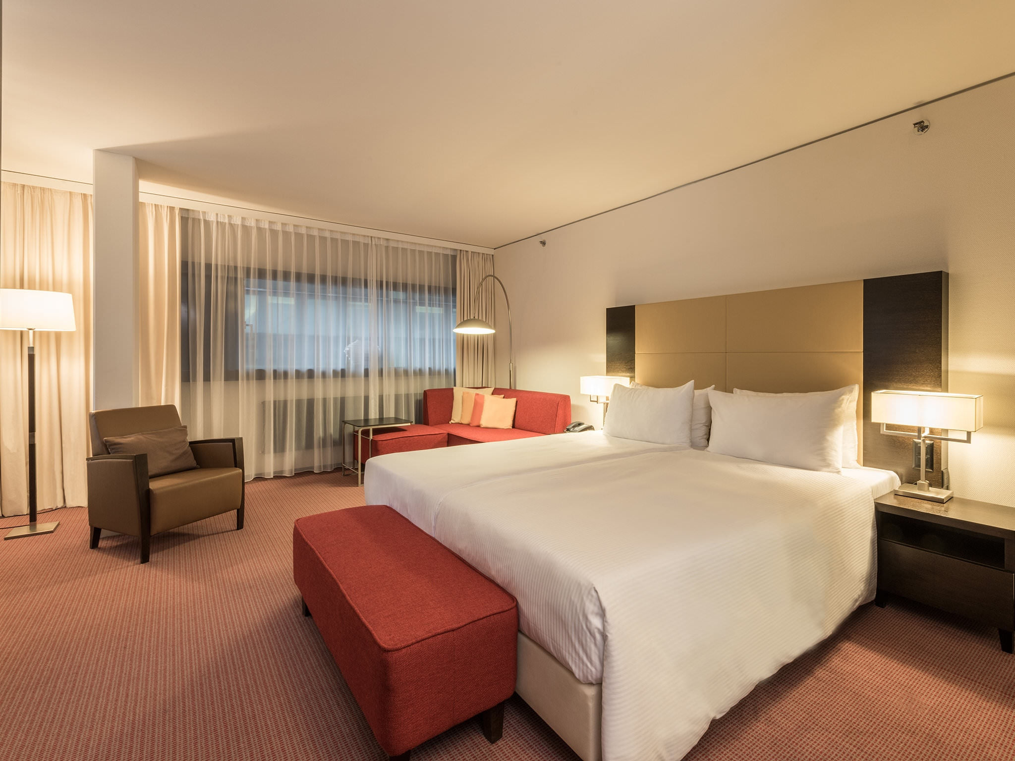Suite Junior - Four Points by Sheraton Zurich Sihlcity