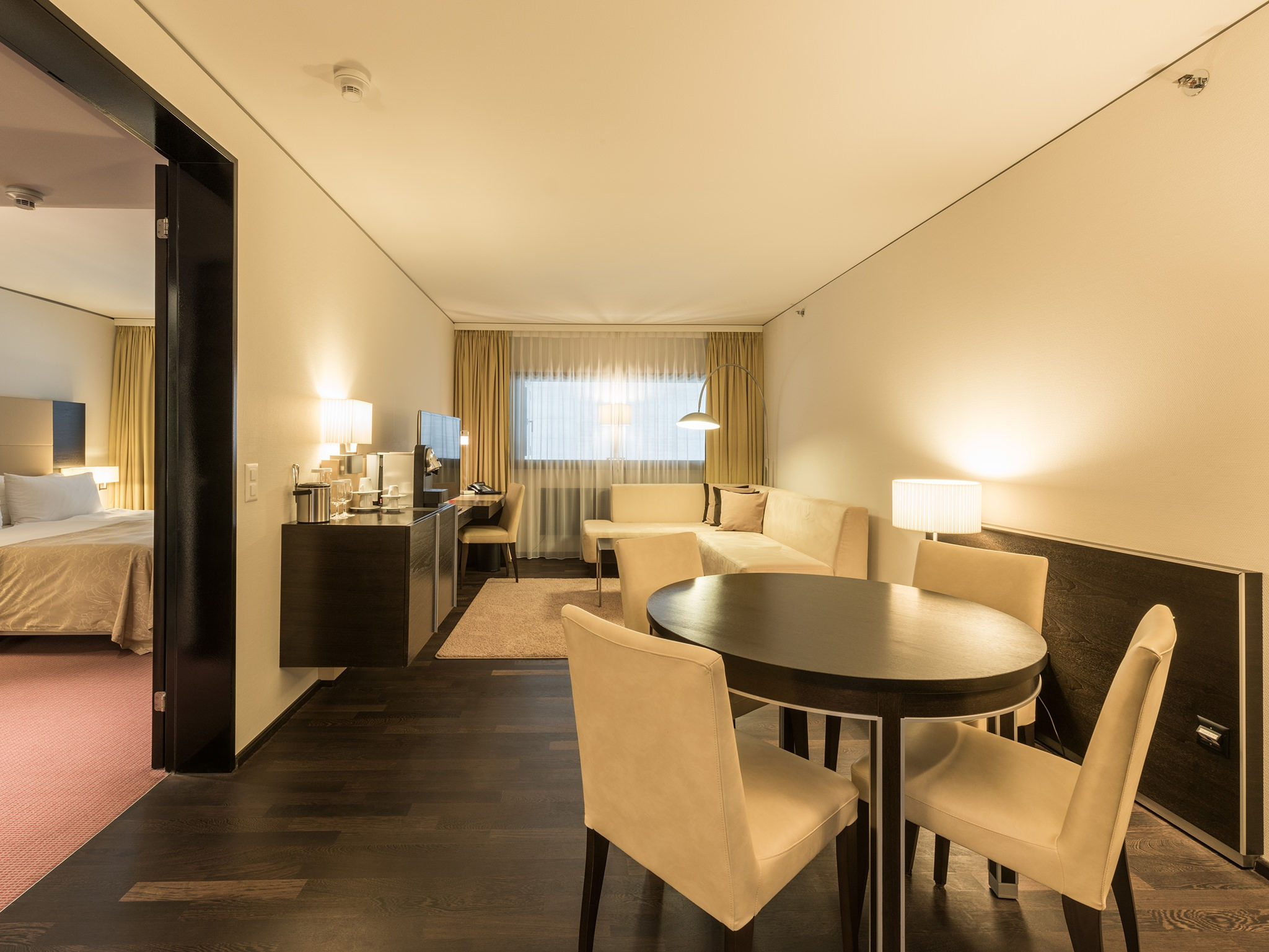 Suite Senior - Four Points by Sheraton Zurich Sihlcity